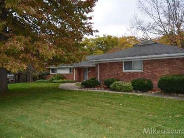 3 bed 2 bath Single Family at 2117 Lake Wind Dr West Bloomfield, MI, 48324 is for sale at 330k - 1 of 25