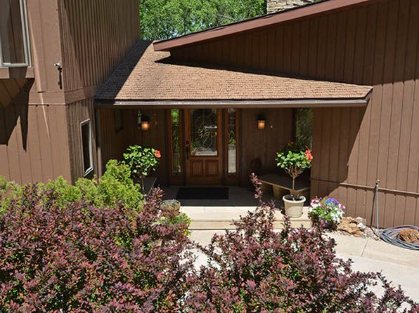 4 bed 4 bath Single Family at 3300 Farnam St La Crosse, WI, 54601 is for sale at 599k - 1 of 33