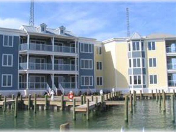 3 bed 2 bath Condo at 6321 Captains Ln Chincoteague, VA, 23336 is for sale at 380k - 1 of 14