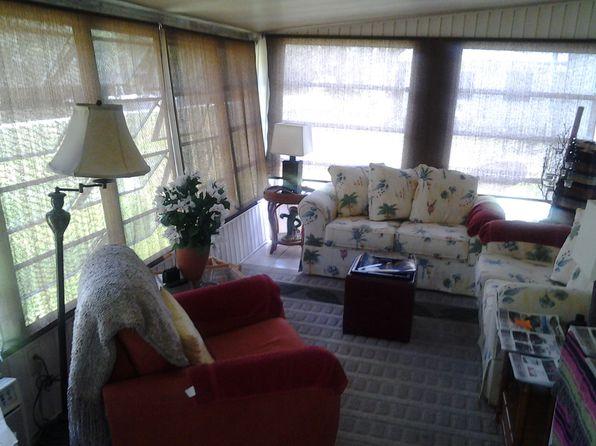 2 bed 2 bath Mobile / Manufactured at 215 Beauregard St Lake Placid, FL, 33852 is for sale at 20k - 1 of 4