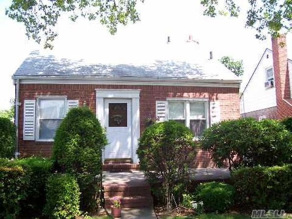 4 bed 1 bath Single Family at 98 Wilton St New Hyde Park, NY, 11040 is for sale at 489k - google static map