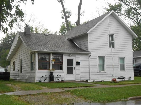 2 bed 2 bath Single Family at 432 Short St Port Clinton, OH, 43452 is for sale at 49k - 1 of 8