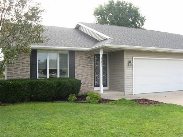 2 bed 2 bath Condo at 2939 Lucerne Dr Janesville, WI, 53545 is for sale at 130k - google static map