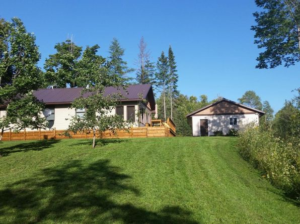 trout lake hispanic singles This is a well laid out and meticulously updated family cottage on crystal clear spring fed trout lake with a sand beach and  single family mls® number.