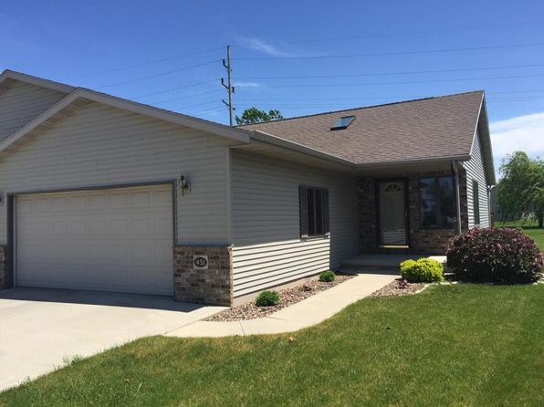 3 bed 2 bath Condo at 451 Greenbriar Ave Fond Du Lac, WI, 54935 is for sale at 148k - 1 of 10