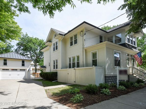4 bed 3 bath Single Family at 212 Washington St Barrington, IL, 60010 is for sale at 550k - 1 of 26