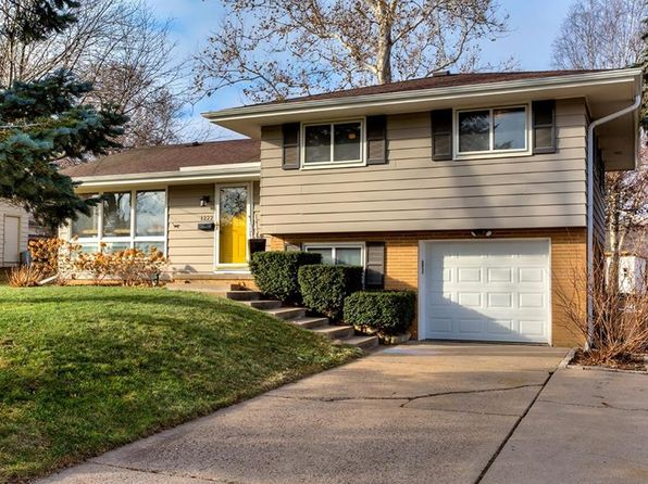 3 bed 2 bath Single Family at 1222 17th St West Des Moines, IA, 50265 is for sale at 225k - 1 of 25
