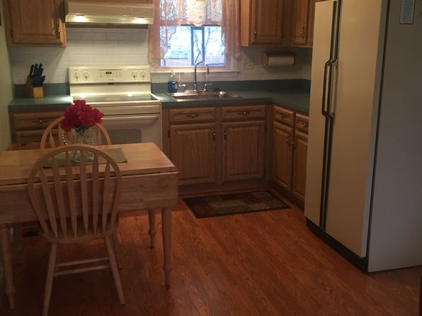 3 bed 2 bath Single Family at 146 Valerie Dr Manville, NJ, 08835 is for sale at 278k - 1 of 17