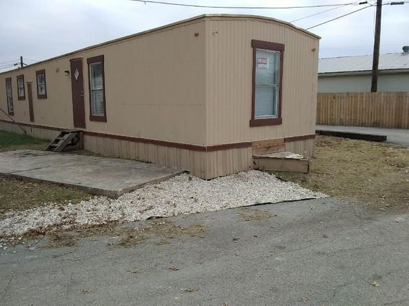 3 bed 1 bath Mobile / Manufactured at 842 Corinne Dr San Antonio, TX, 78218 is for sale at 6k - 1 of 8