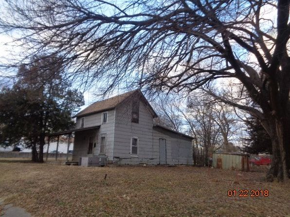 2 bed 1 bath Single Family at 611 W 13th St Wellington, KS, 67152 is for sale at 5k - 1 of 6