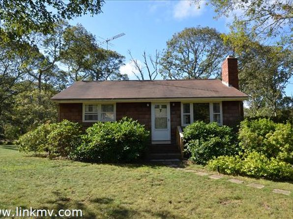 2 bed 1 bath Single Family at 122 TELLETTE ST OAK BLUFFS, MA, 02557 is for sale at 495k - 1 of 14