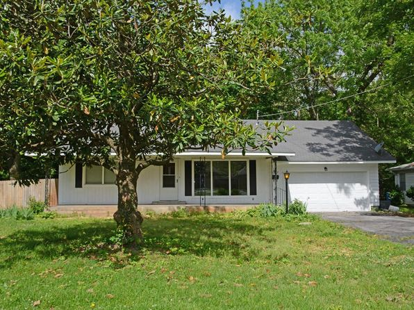 3 bed 1 bath Single Family at 1037 S Oak Grove Ave Springfield, MO, 65804 is for sale at 100k - 1 of 30