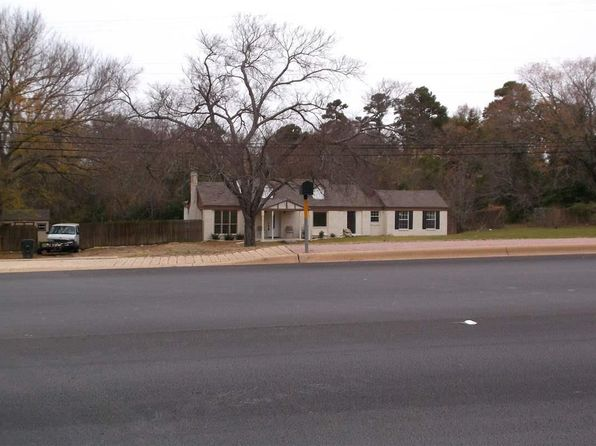 4 bed 2 bath Single Family at 2701 Frankston Hwy Tyler, TX, 75701 is for sale at 90k - 1 of 36