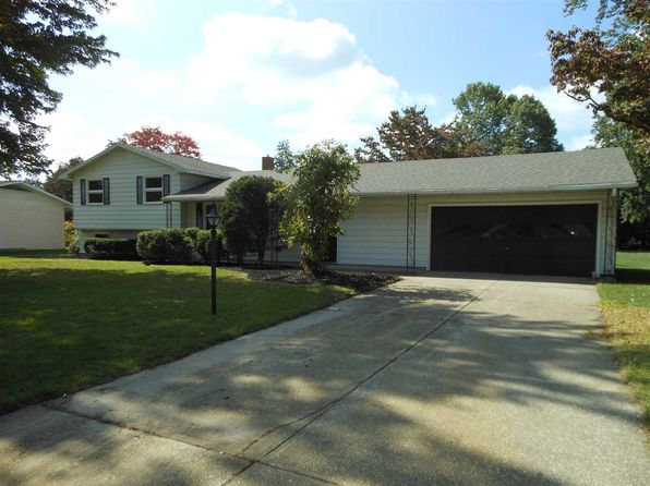 4 bed 2 bath Single Family at 56659 Mark Manor Dr Elkhart, IN, 46516 is for sale at 160k - 1 of 22