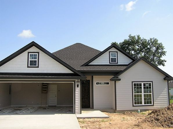 4 bed 2 bath Single Family at 4308 Wisteria Ln Valdosta, GA, 31602 is for sale at 160k - google static map