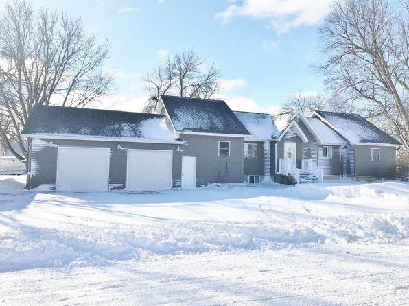 4 bed 2 bath Single Family at 1002 7th Ave N Estherville, IA, 51334 is for sale at 161k - 1 of 41