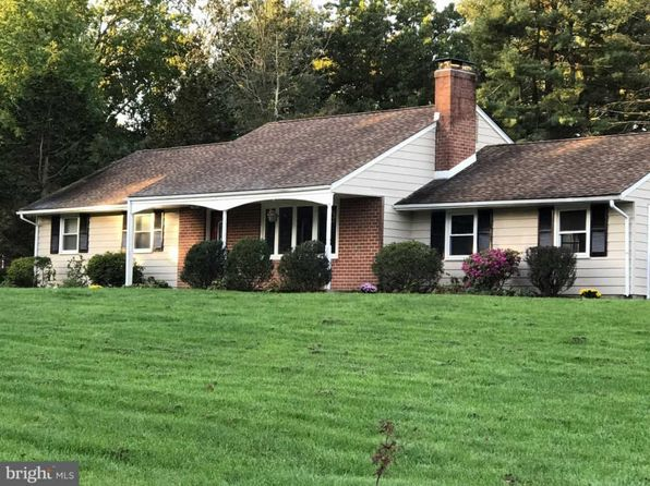 3 bed 2 bath Single Family at 620 Stirrup Ln Chester Springs, PA, 19425 is for sale at 348k - 1 of 24