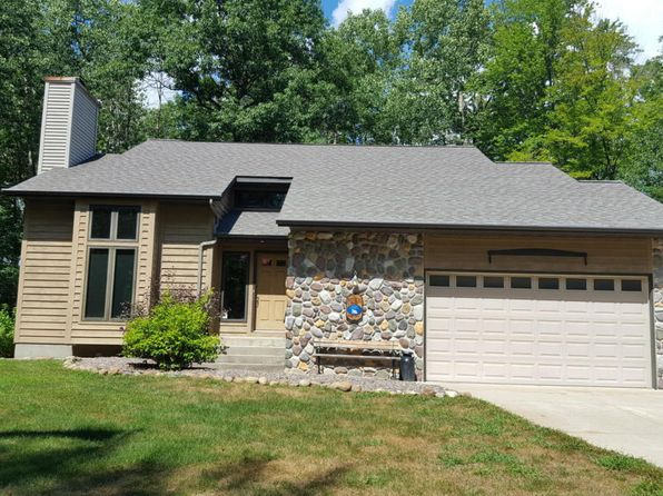 3 bed 2 bath Single Family at N3964 Right of Way Rd Peshtigo, WI, 54157 is for sale at 235k - 1 of 17