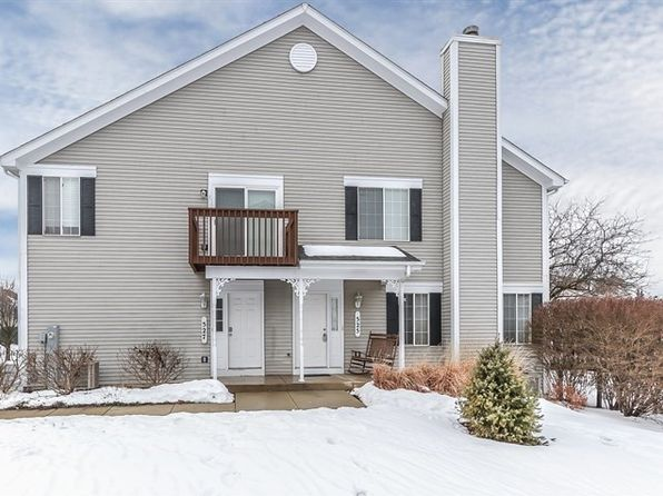 2 bed 2 bath Townhouse at 525 Sandhurst Ln South Elgin, IL, 60177 is for sale at 150k - 1 of 25