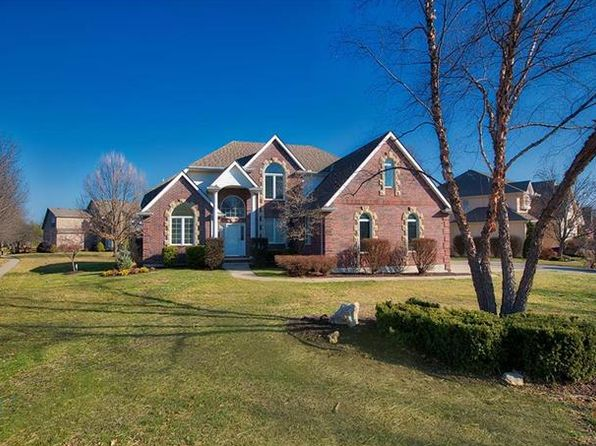 5 bed 5 bath Single Family at 2416 SW WINTEROAK CT LEES SUMMIT, MO, 64081 is for sale at 488k - 1 of 21