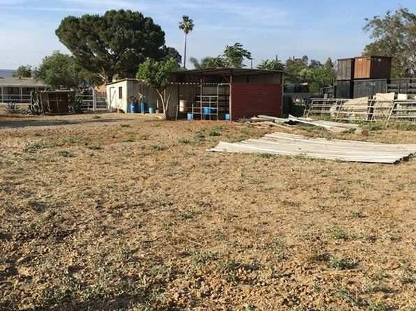 3 bed 1 bath Single Family at 15765 Rose Ave Fontana, CA, 92337 is for sale at 525k - 1 of 3