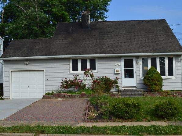 3 bed 3 bath Single Family at 144 Brown Ave Iselin, NJ, 08830 is for sale at 365k - 1 of 13