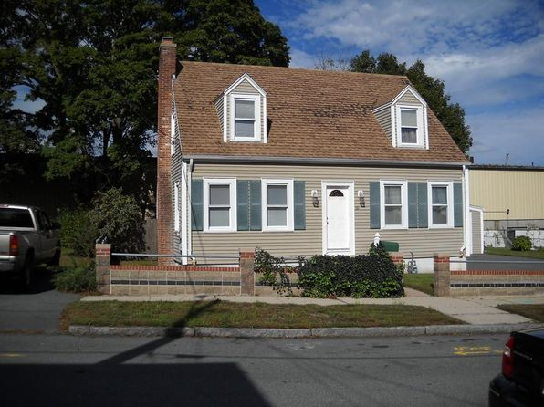 3 bed 2 bath Single Family at 59 BREWSTER ST NEW BEDFORD, MA, 02745 is for sale at 229k - 1 of 3