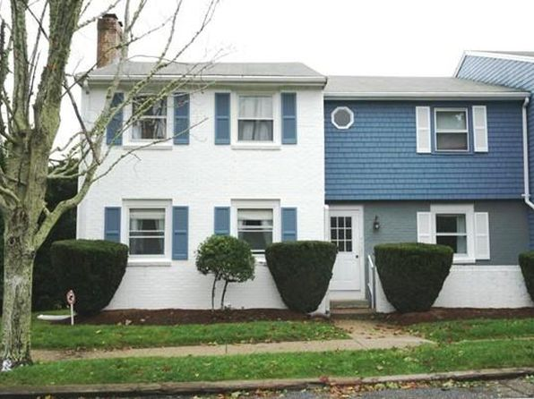 2 bed 1 bath Condo at 1431 Iyannough Rd Barnstable, MA, 02601 is for sale at 200k - 1 of 12