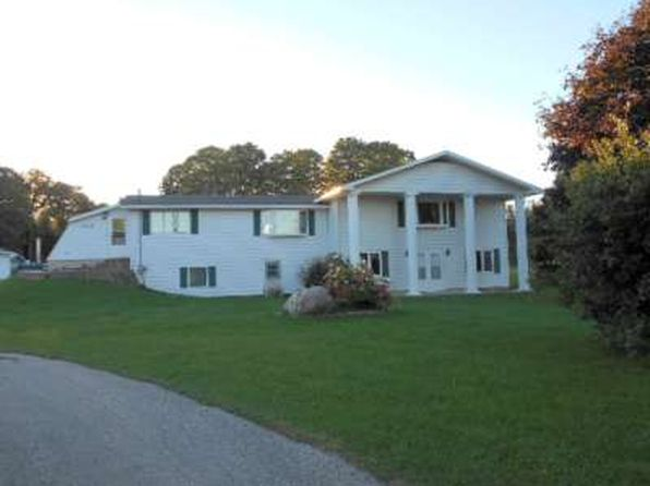 4 bed 2 bath Single Family at 7869 Oo.25 Rd Garden, MI, 49835 is for sale at 173k - 1 of 33