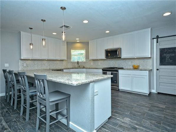 4 bed 3 bath Single Family at 6824 N Lakewood Dr Georgetown, TX, 78633 is for sale at 385k - 1 of 30