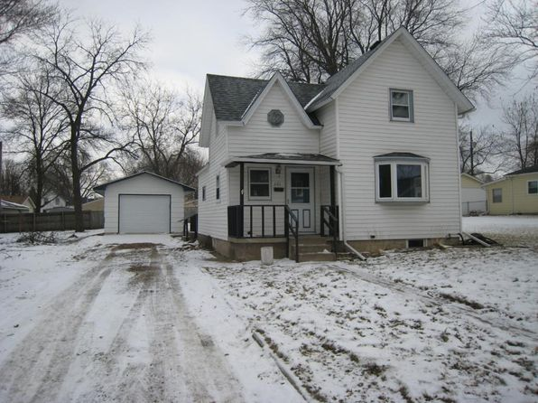 3 bed 1 bath Single Family at 221 Beech Ave Owatonna, MN, 55060 is for sale at 102k - 1 of 16