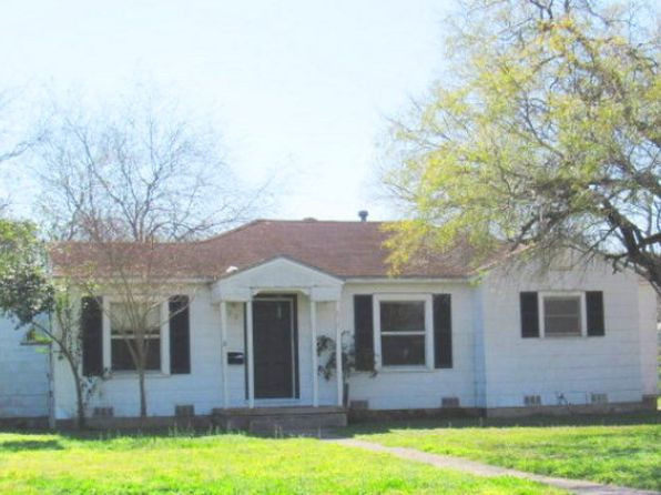 3 bed 2.5 bath Single Family at 813 E Caesar Ave Kingsville, TX, 78363 is for sale at 55k - 1 of 9