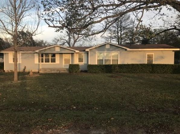 3 bed 2 bath Single Family at 2212 Sheppard Rd Cordele, GA, 31015 is for sale at 60k - 1 of 10