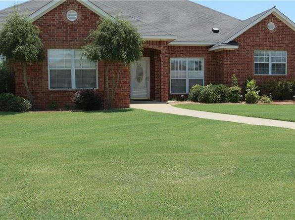 3 bed 3 bath Single Family at 400 Mesa Verde Cir Altus, OK, 73521 is for sale at 259k - 1 of 30