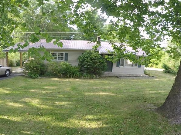 2 bed 1 bath Single Family at 685 RUGBY AVE JAMESTOWN, TN, 38556 is for sale at 109k - 1 of 21