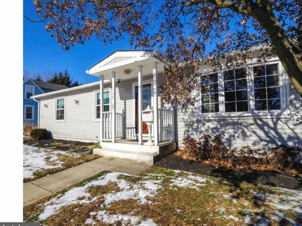3 bed 1 bath Single Family at 108 Melvin Ave Morrisville, PA, 19067 is for sale at 199k - 1 of 21