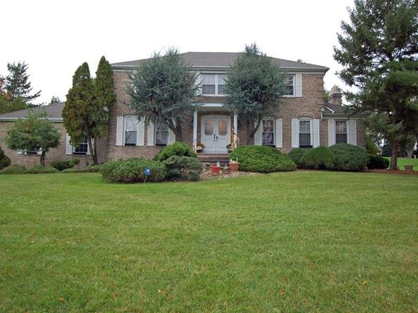 4 bed 3 bath Single Family at 8 Greensview Dr Scotch Plains, NJ, 07076 is for sale at 800k - 1 of 23