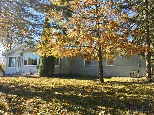 3 bed 2 bath Single Family at 9023 Oakridge Dr Temperance, MI, 48182 is for sale at 125k - 1 of 45