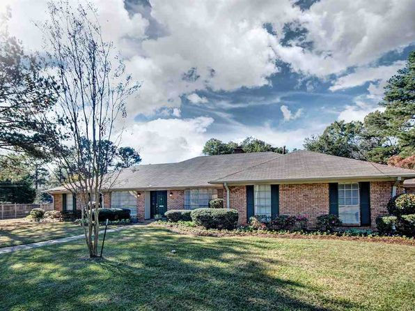 3 bed 3 bath Single Family at 5105 KAYWOOD CIR JACKSON, MS, 39211 is for sale at 227k - 1 of 50
