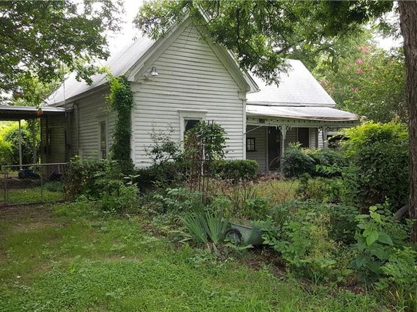 2 bed 1 bath Single Family at 205 S BOIS D ARC ST GRANDVIEW, TX, 76050 is for sale at 70k - 1 of 2