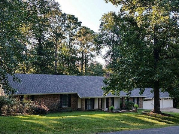 3 bed 2 bath Single Family at 310 Country Club Dr Pineville, LA, 71360 is for sale at 222k - 1 of 25