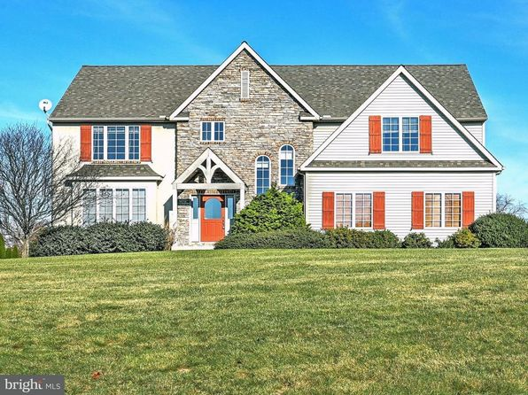 4 bed 3 bath Single Family at 35 Wynshire Ln Red Lion, PA, 17356 is for sale at 340k - 1 of 30