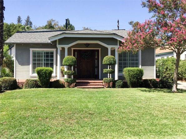 2 bed 1 bath Single Family at 319 E Rosewood Ct Ontario, CA, 91764 is for sale at 400k - 1 of 18
