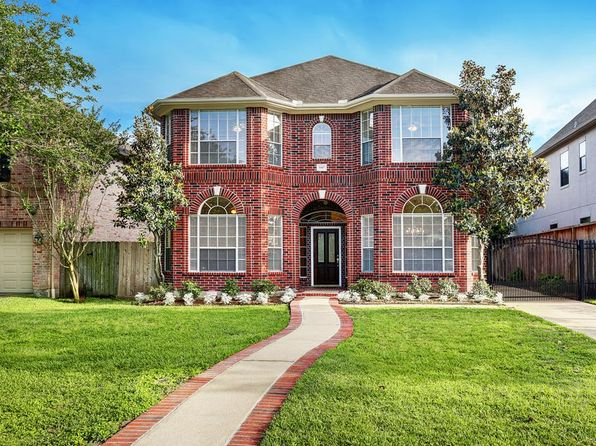 4 bed 3 bath Single Family at 5107 Locust St Bellaire, TX, 77401 is for sale at 710k - 1 of 18