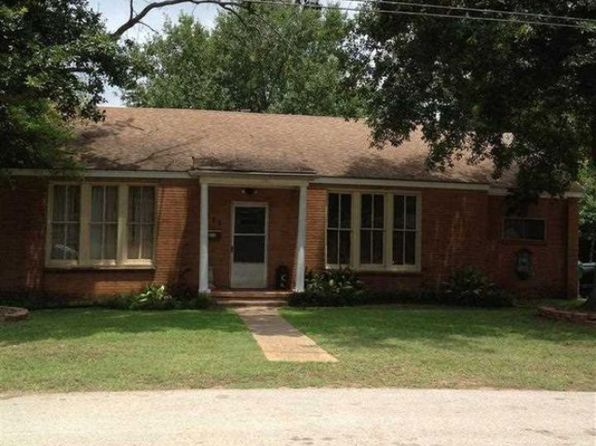 2 bed 1 bath Single Family at 111 BLACKNALL DR HENDERSON, TX, 75652 is for sale at 63k - google static map