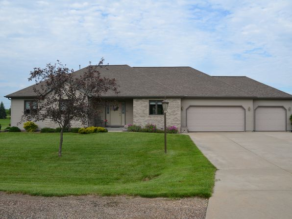 3 bed 3 bath Single Family at N7572 Stonehaven Dr Portage, WI, 53901 is for sale at 285k - 1 of 35