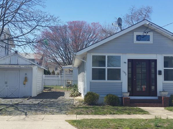 3 bed 1 bath Single Family at 1303 C St Belmar, NJ, 07719 is for sale at 615k - 1 of 19