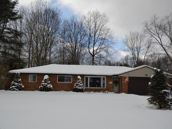 3 bed 2 bath Single Family at 7770 Kitner Blvd Northfield, OH, 44067 is for sale at 160k - 1 of 25