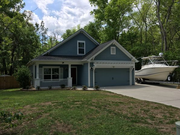 3 bed 3 bath Single Family at 221 Black Skimmer Dr W Beaufort, SC, 29907 is for sale at 287k - 1 of 37
