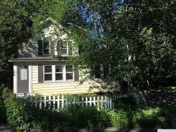 2 bed 1 bath Single Family at 178 ROUTE COXSACKIE, NY, 12051 is for sale at 185k - 1 of 38